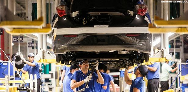 industria automoveis leonardo soares uol